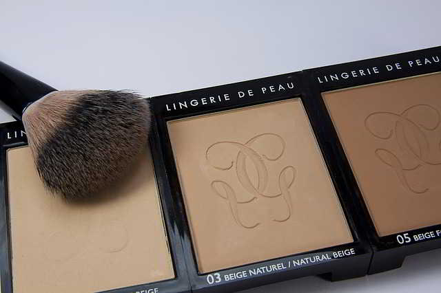 make-up-1278366_640